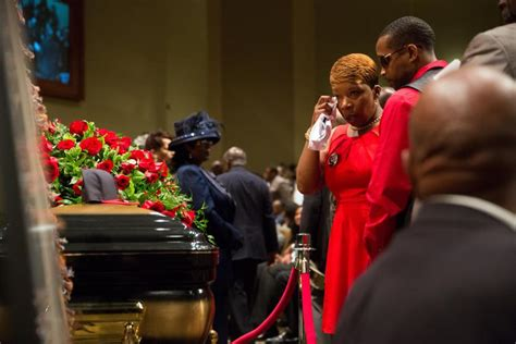 Mike Brown Funeral Live Stream: Watch Service For Ferguson
