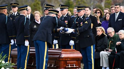 Where to find John Dingell's grave at Arlington National