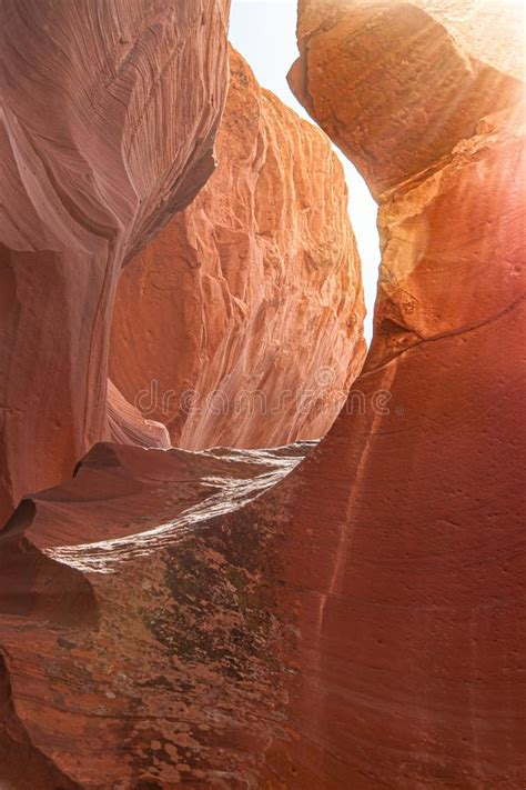 Sunbeam In Upper Antelope Canyon, In Page, Arizona