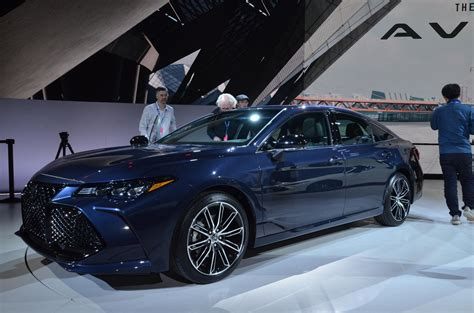 Toyota Camry, Avalon With TRD Package Teased Ahead Of 2018