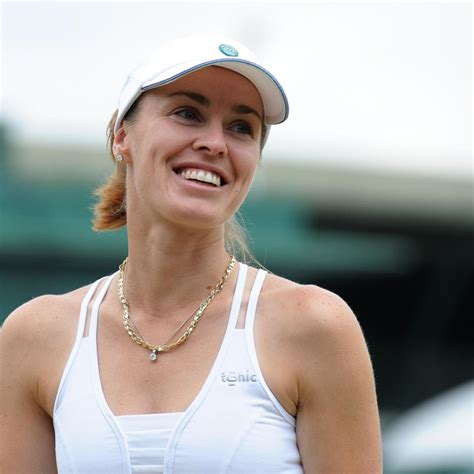 Martina Hingis Comes out of Retirement: Why the WTA Needs