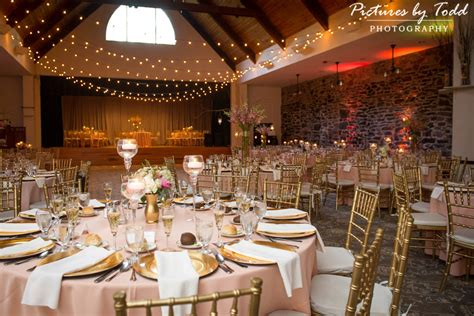 Pictures by Todd Photography | Becky & Kyle's Wedding