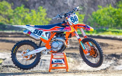 FIRST RIDE VIDEO   2019 KTM 450SXF FACTORY EDITION