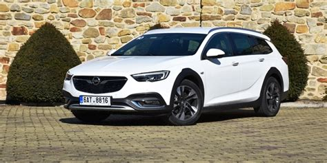 TEST Opel Insignia Country Tourer 2