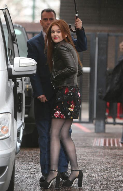 Isla Fisher's leather jacket and shoes|Lainey Gossip Lifestyle