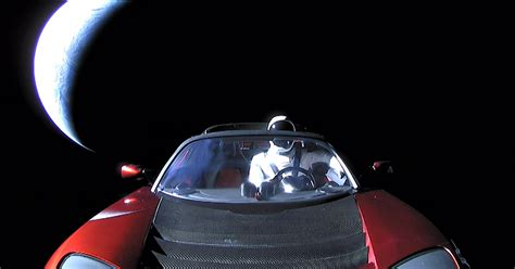Elon Musk shares the epic last photo of 'Starman' in the
