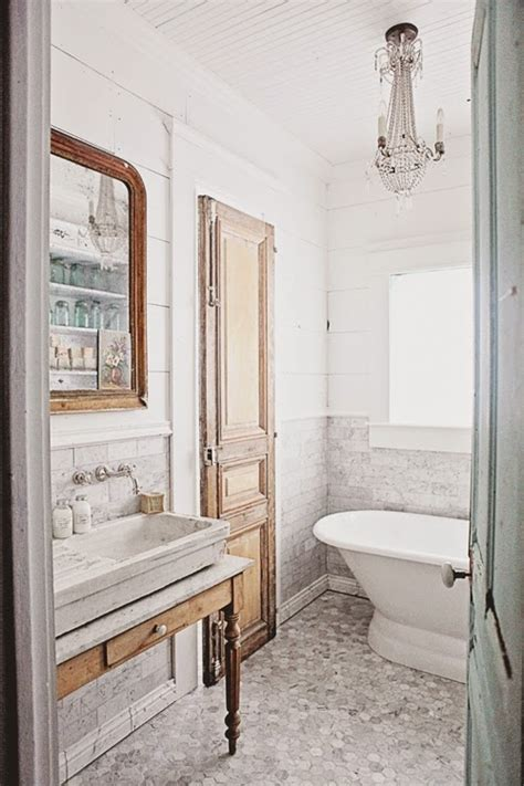 Decor Inspiration: French-Inspired Bathroom Remodel – The