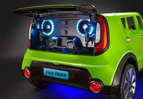 Buy a Kia Sing-a-Long Soul For Your Little Brat This