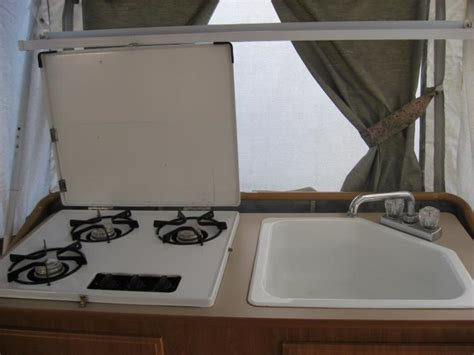 Recreational Vehicles Tent Trailers 2001 Coleman Bayside