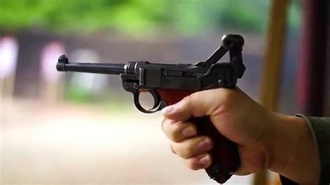 SWISS LUGER 1906/29 - YouTube